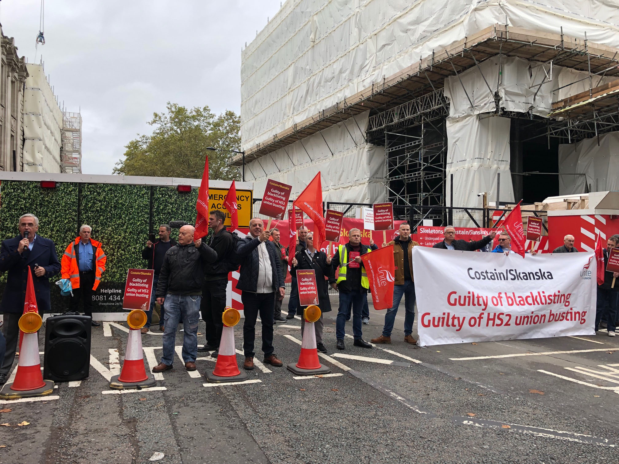 Unite picket of Costain Skanska