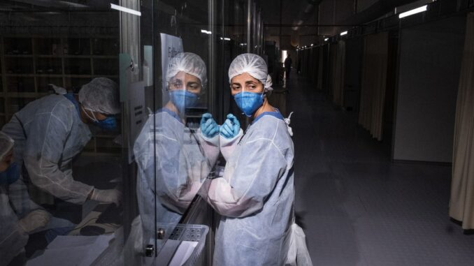 Brazil health workers